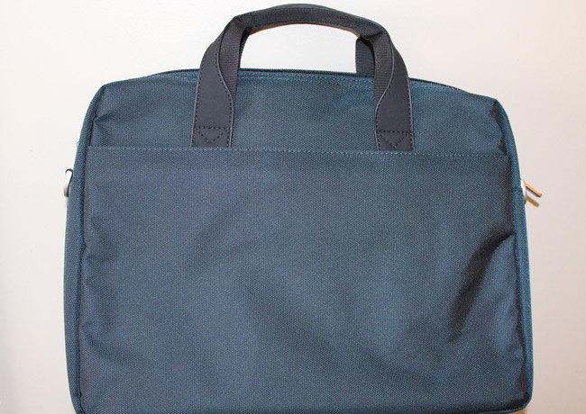 Rivacase-8130-Laptop-Bag-4