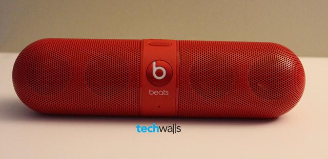 beats-pill-speaker-1
