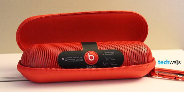 beats-pill-speaker-2