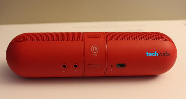 beats-pill-speaker-4