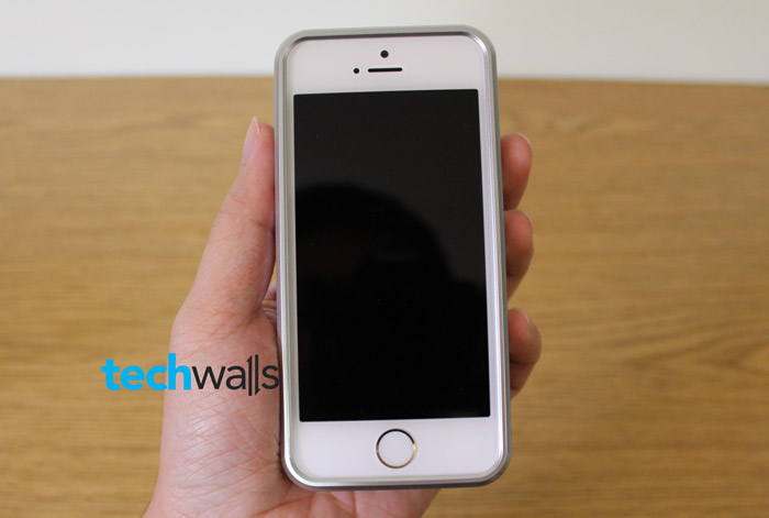 wood-case-iphone-5s-2