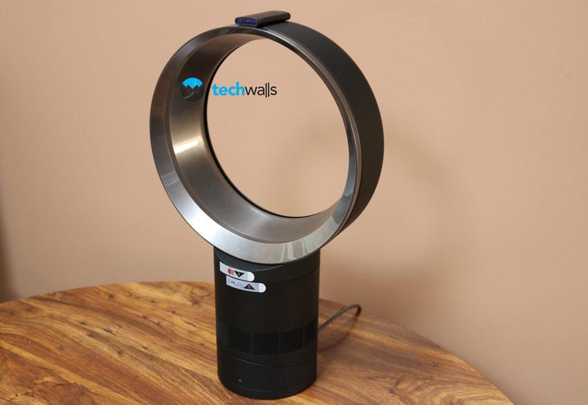 dyson am06 bladeless desk fan review. Black Bedroom Furniture Sets. Home Design Ideas
