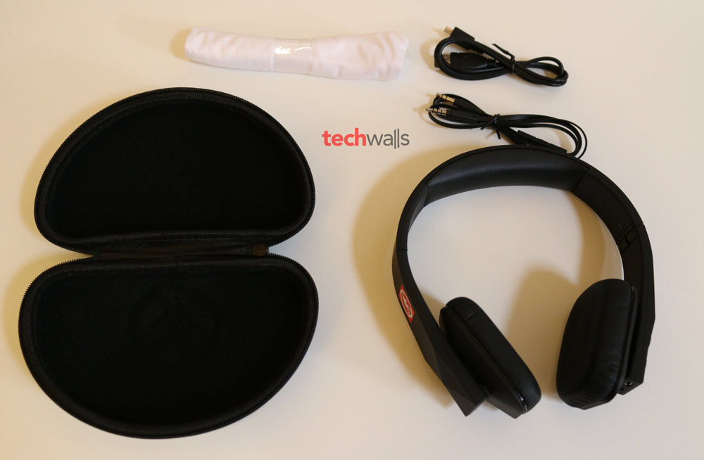 Outdoor-Tech-Tuis-headphone-4