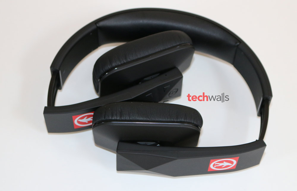 Outdoor-Tech-Tuis-headphone-7