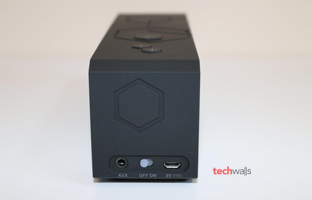 Inateck-BTSP-10-speaker-1