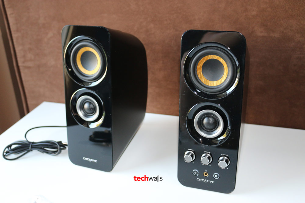 Creative T30 Wireless Computer Speaker System Review