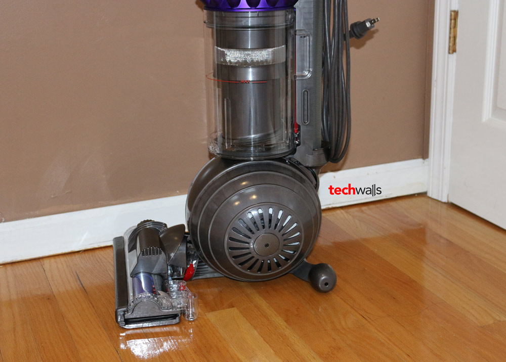 Dyson Cinetic Big Ball Animal Vacuum Cleaner Review