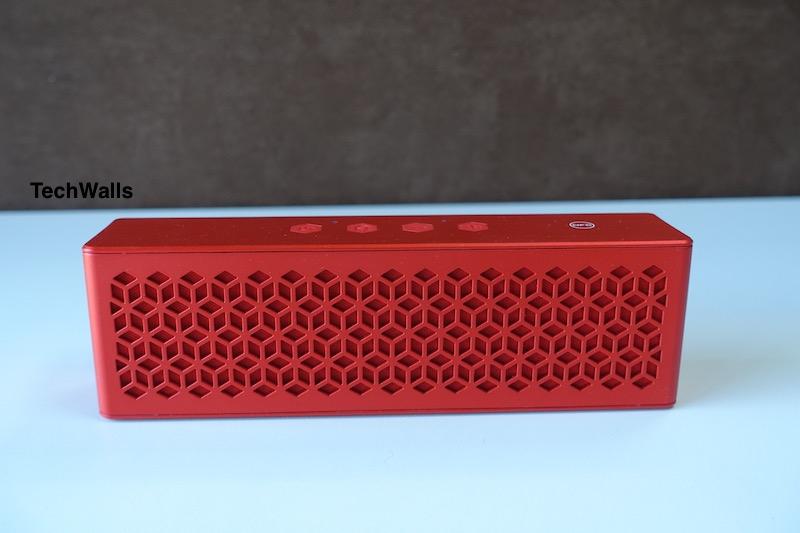 Creative-Muvo-Mini-Speaker-1