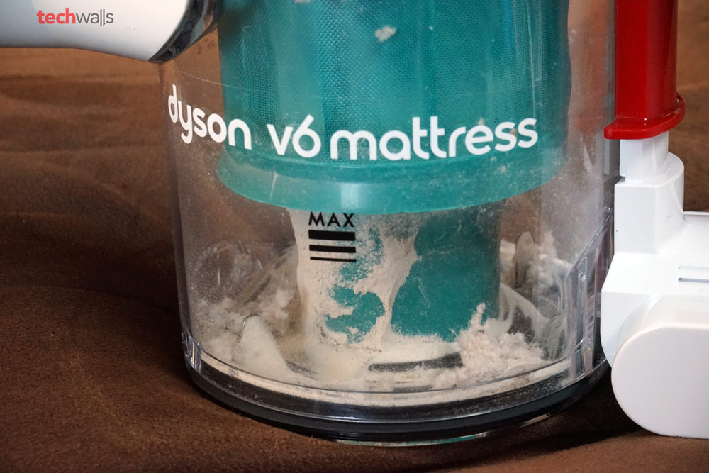 Dyson V6 Mattress Handheld Vacuum Cleaner Review