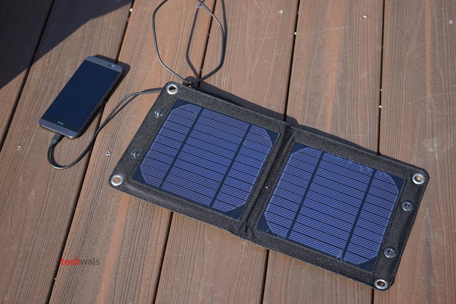 folding-solar-panel-2