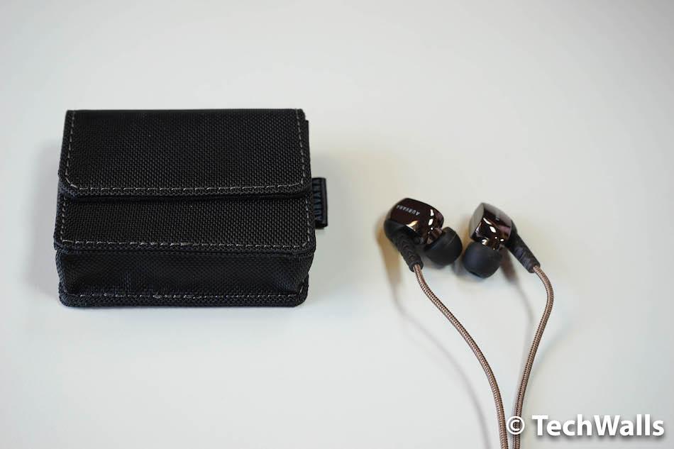 auvarna-gold-earphones-4