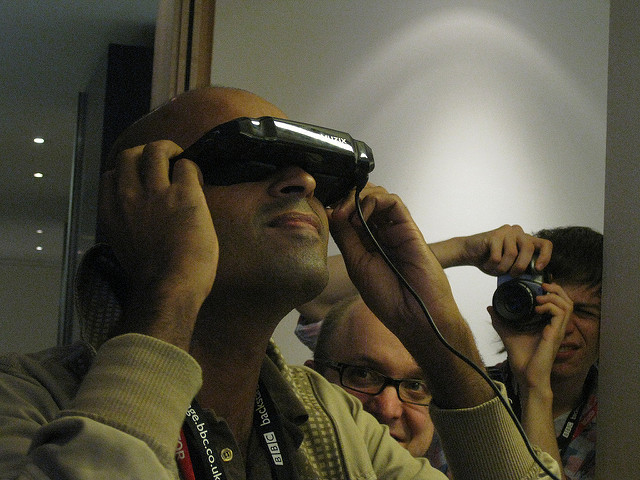 """""""Virtual Reality""""(CC BY 2.0)byPhillie Casablanca"""
