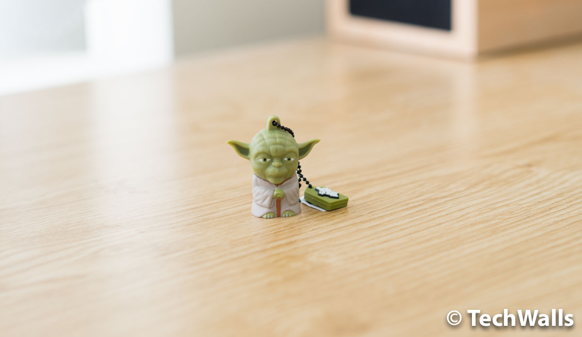 star-wars-yoda-usb-drive-1