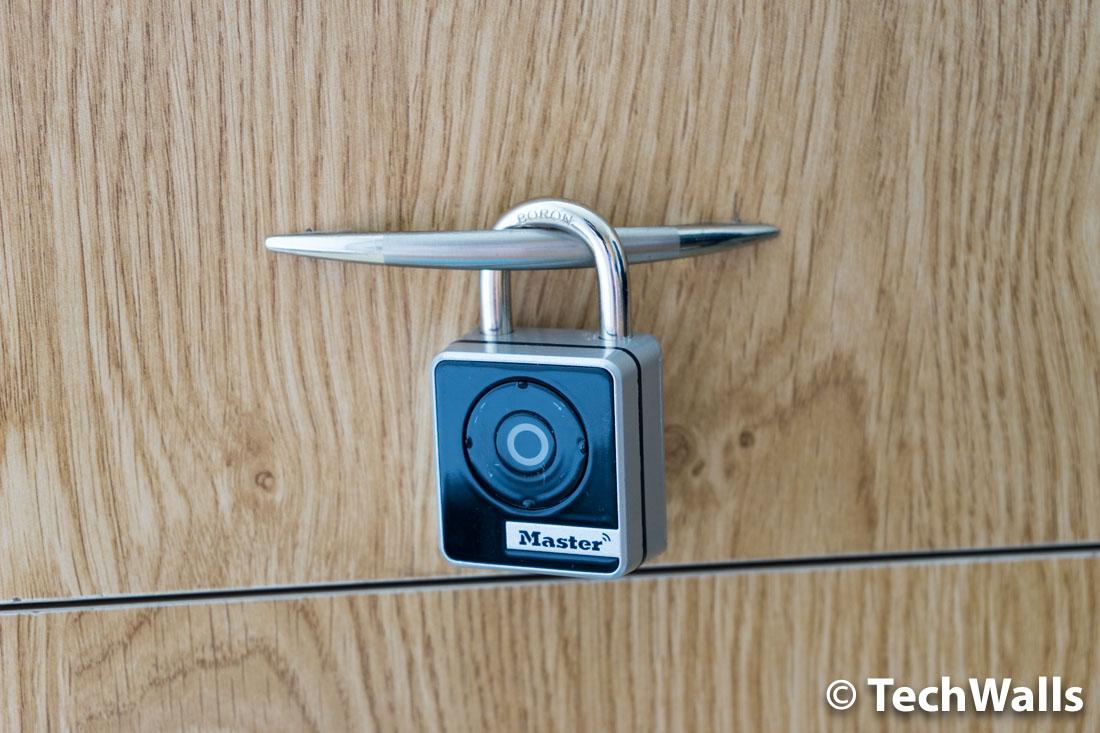 master-lock-smart-padlock-1