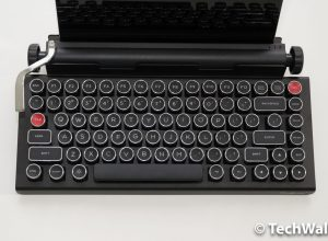 Qwerkywriter Review – the Bluetooth Typewriter-Inspired Mechanical Keyboard for Geeks
