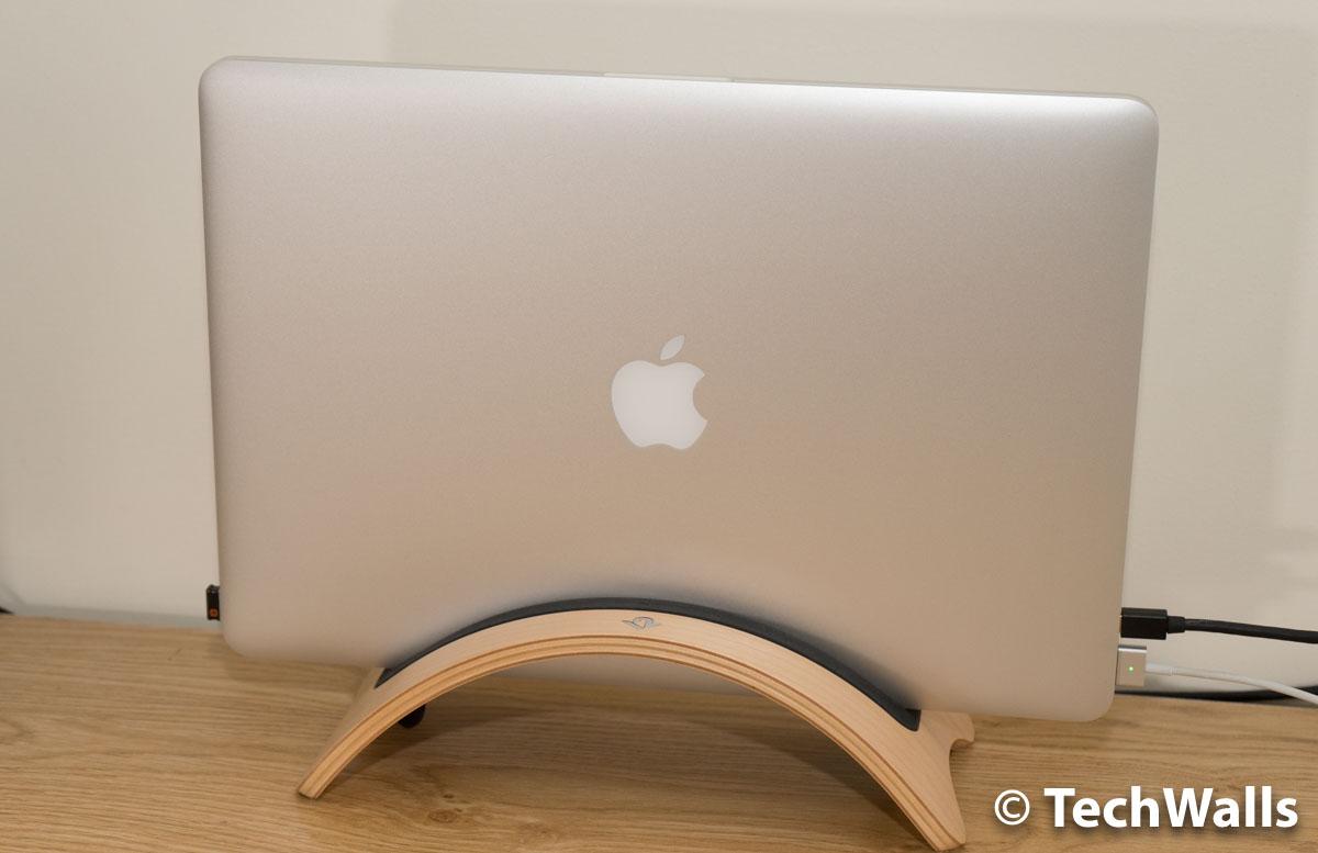 macbook-pro-stand-1