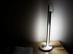 Xiaomi MJTD01YL Smart LED Desk Lamp Review – A Connected Lamp with Minimalist Design