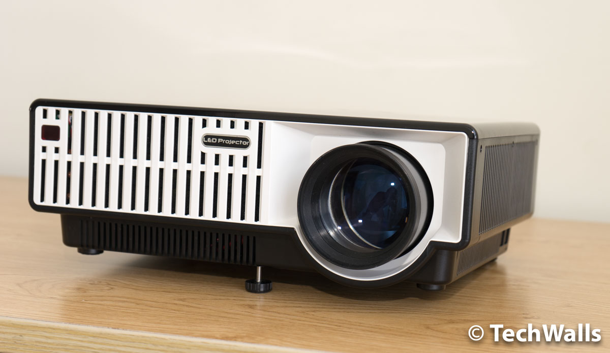 PRW330-projector-5