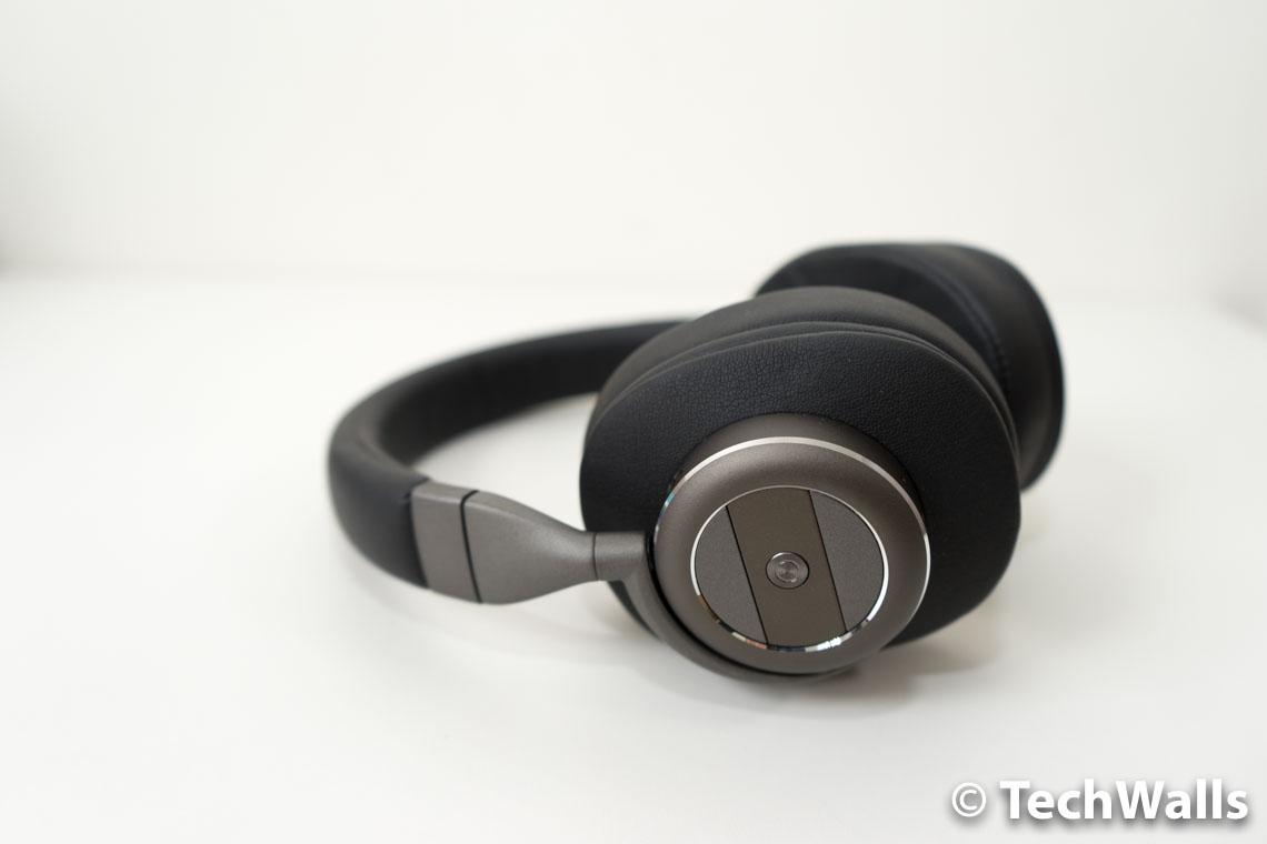 atomicx-v203-headphones-4