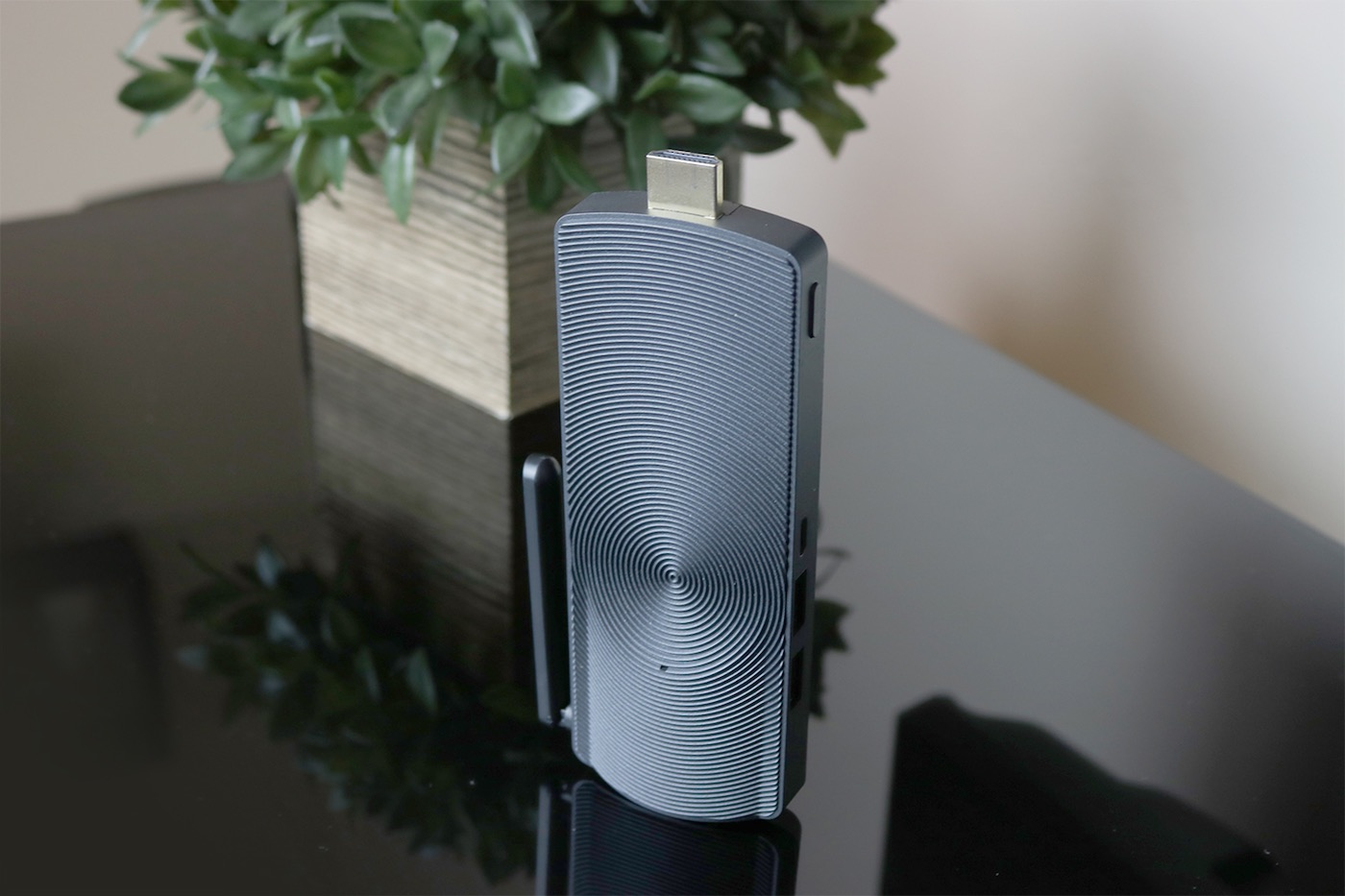Azulle Access3 Pocket PC - A Fully-Functional Computer with