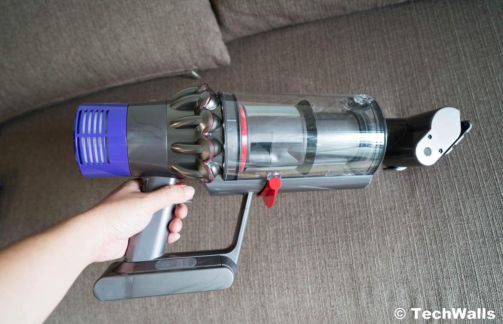 dyson cyclone v10 absolute cordless stick vacuum cleaner. Black Bedroom Furniture Sets. Home Design Ideas
